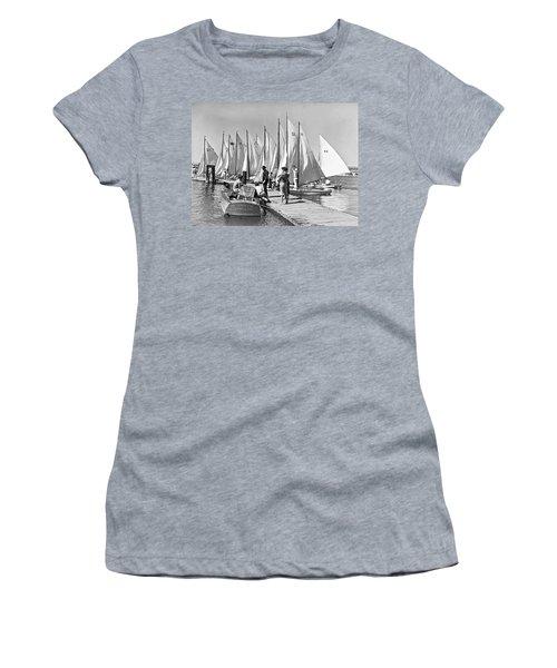 Child Skippers In La Regatta Women's T-Shirt