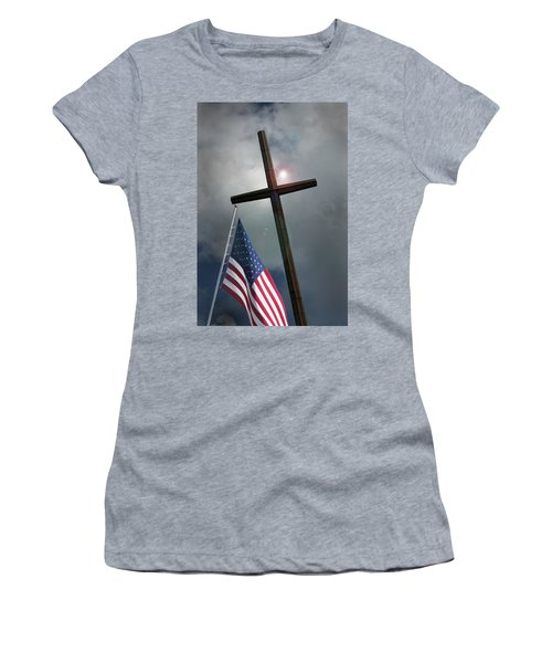 Christian Cross And Us Flag Women's T-Shirt (Athletic Fit)