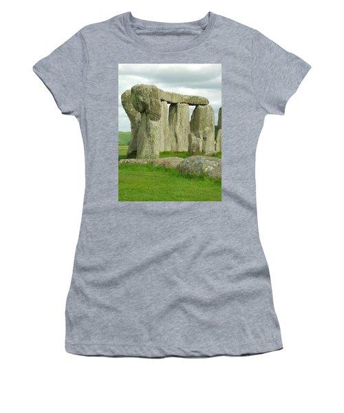 Circles Women's T-Shirt (Athletic Fit)