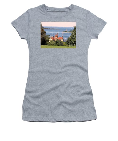 Coindre Hall Boathouse Women's T-Shirt (Athletic Fit)