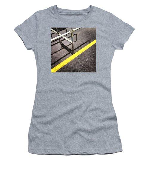 Cold Morning Shopping Women's T-Shirt