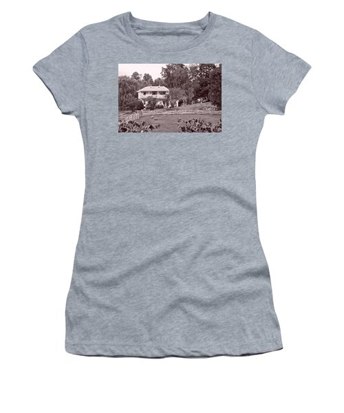 Country Life Women's T-Shirt (Junior Cut) by Denise Romano
