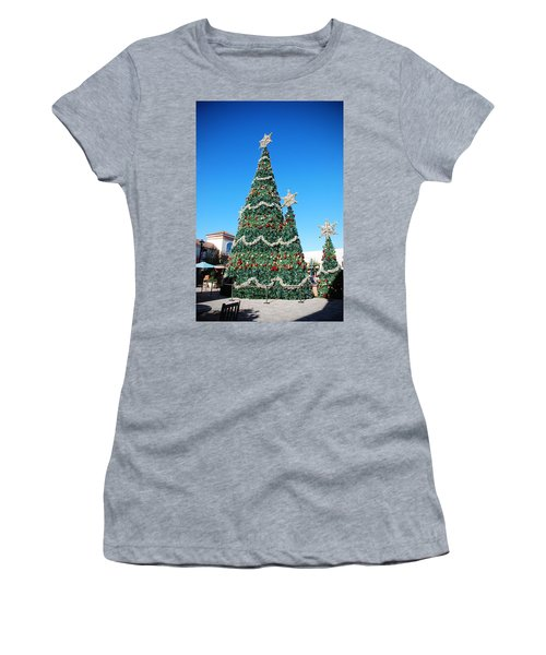 Courtyard Christmas Women's T-Shirt (Athletic Fit)