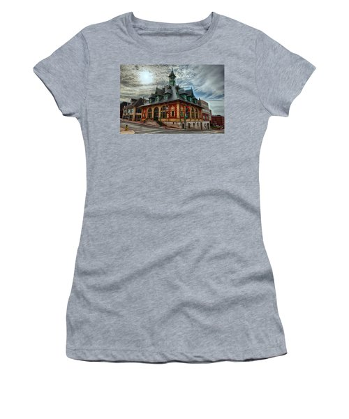 Customs House Museum Women's T-Shirt