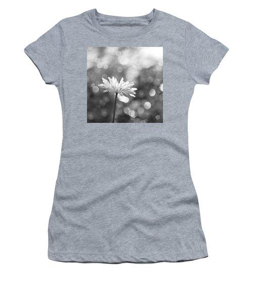 Daisy Rain Women's T-Shirt (Athletic Fit)
