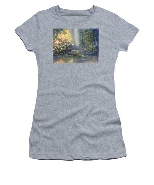 Dawn On The Derwent Women's T-Shirt