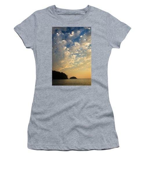 Deception Pass Women's T-Shirt (Athletic Fit)