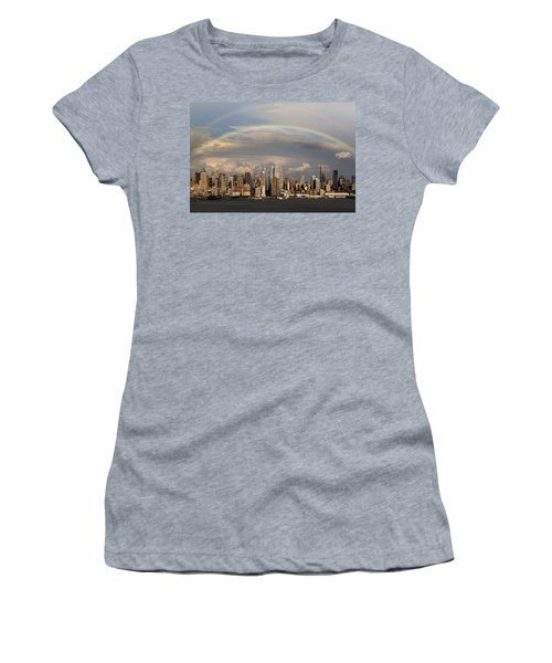 Double Rainbow Over Nyc Women's T-Shirt