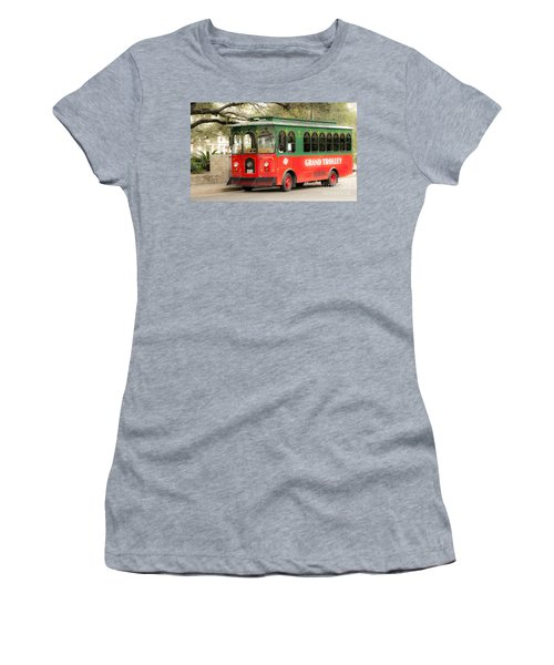 Dreaming Young Women's T-Shirt