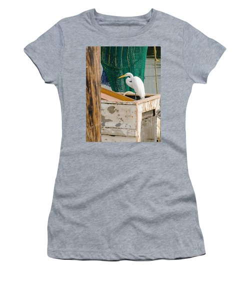 Egret With Fishing Net Women's T-Shirt (Athletic Fit)