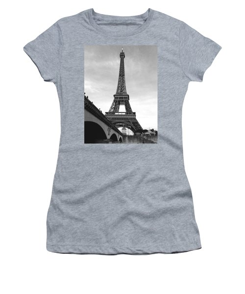 Eiffel Classic Women's T-Shirt (Athletic Fit)
