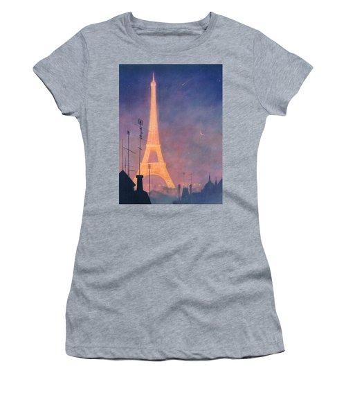 Eiffel Tower Women's T-Shirt (Junior Cut) by Blue Sky