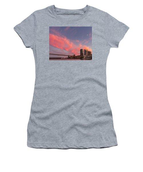 Embarcadero Sunset Women's T-Shirt