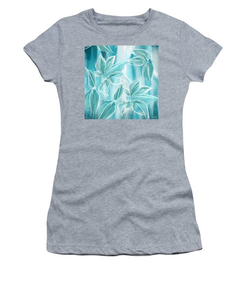 Exquisite Bloom Women's T-Shirt