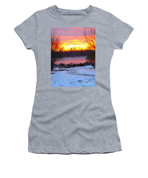Fire And Ice Sunrise On The Delaware River Women's T-Shirt