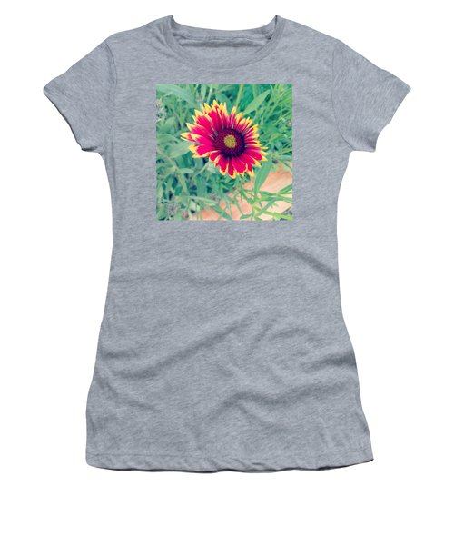 Fire Daisy Women's T-Shirt (Junior Cut)