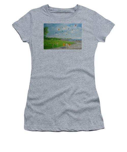 Flying Kites Newport Ri Women's T-Shirt (Athletic Fit)