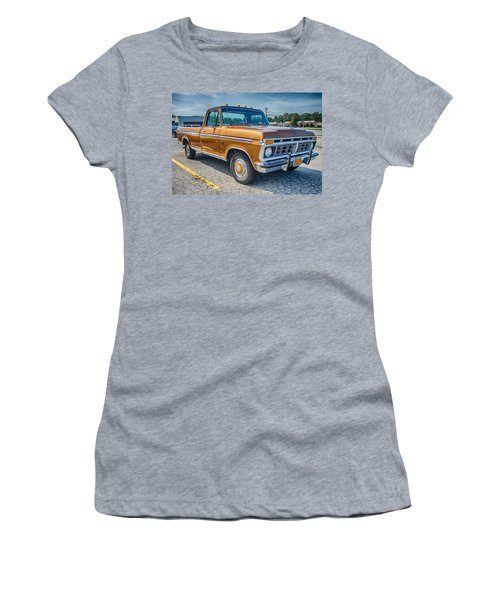 Ford F-100 7p00531h Women's T-Shirt