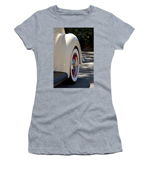 Ford Fender Women's T-Shirt (Athletic Fit)