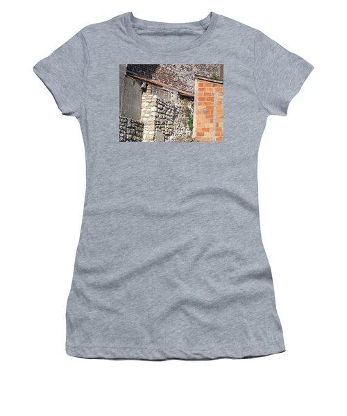 French Farm Wall Women's T-Shirt