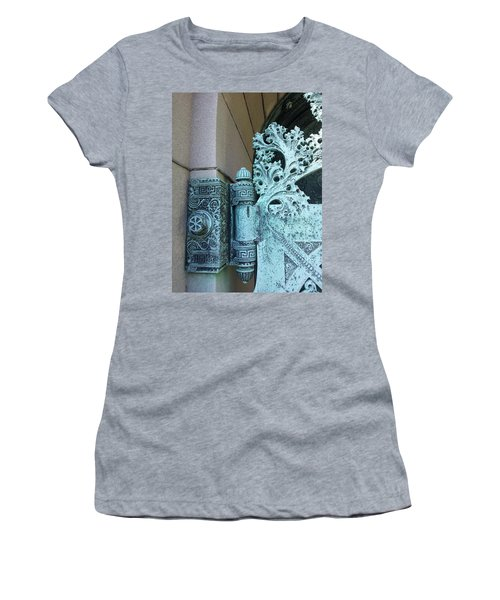 Getty Tomb Detail Women's T-Shirt