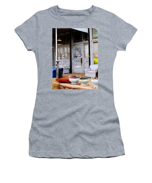 Ground Zero Clarksdale Mississippi Women's T-Shirt (Athletic Fit)