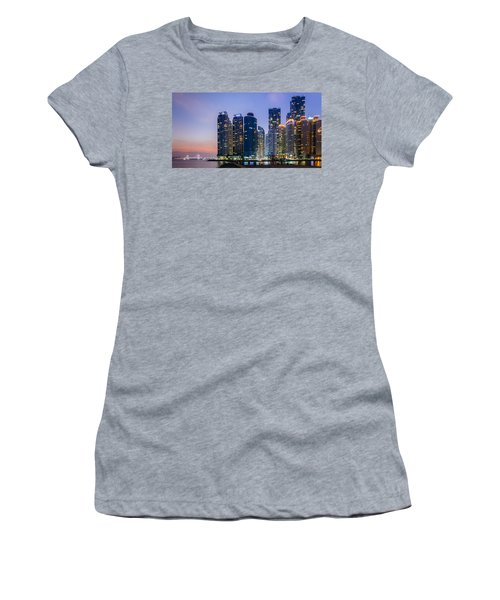 Haeundae Women's T-Shirt (Athletic Fit)