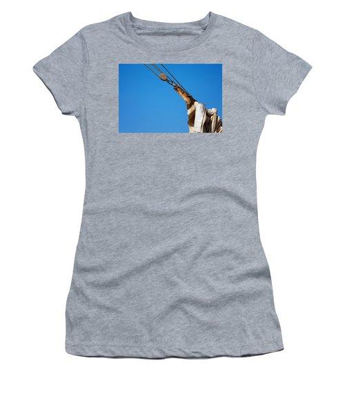 Hoist The Sails. Women's T-Shirt (Athletic Fit)
