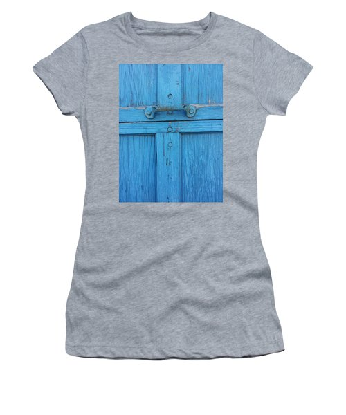 Hold On Women's T-Shirt (Athletic Fit)