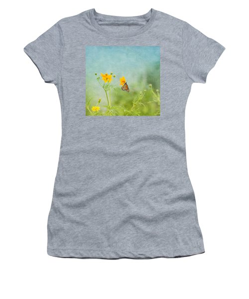In The Garden - Monarch Butterfly Women's T-Shirt