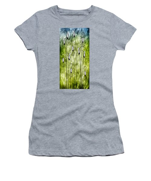 In The Meadow 1 Women's T-Shirt