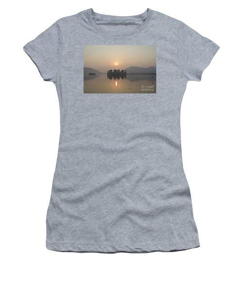 Jal Mahal In Sunrise Women's T-Shirt