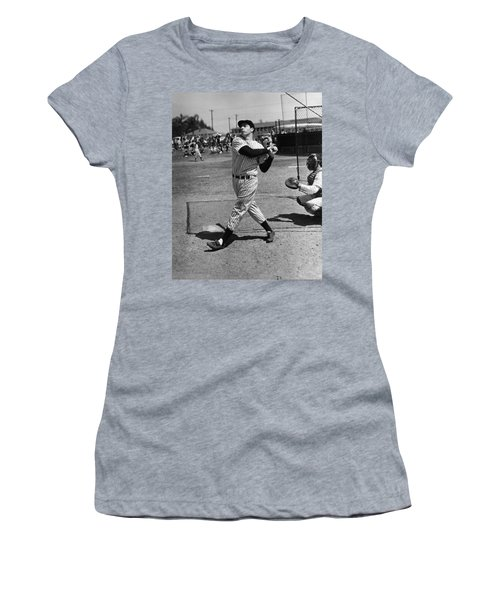Joe Dimaggio Hits A Belter Women's T-Shirt (Athletic Fit)