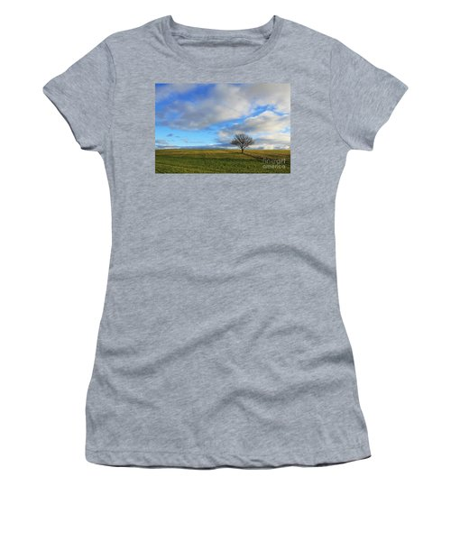 Lone Tree At Epsom Downs Uk Women's T-Shirt