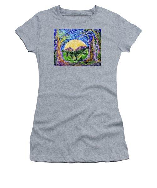 Meet Me Women's T-Shirt