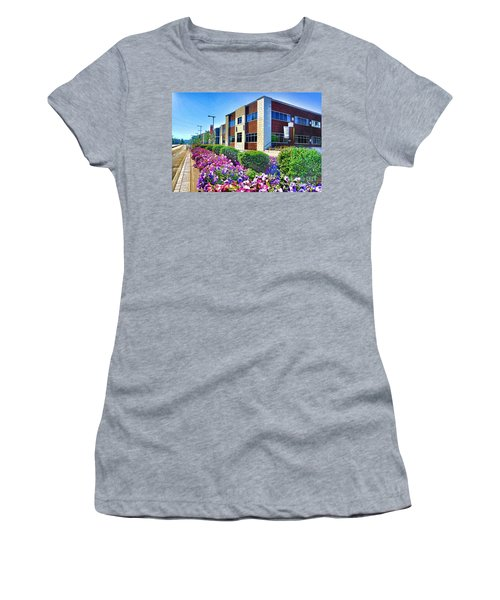 Women's T-Shirt featuring the photograph Geis Midtown Tech Park - Cleveland Ohio by Mark Madere