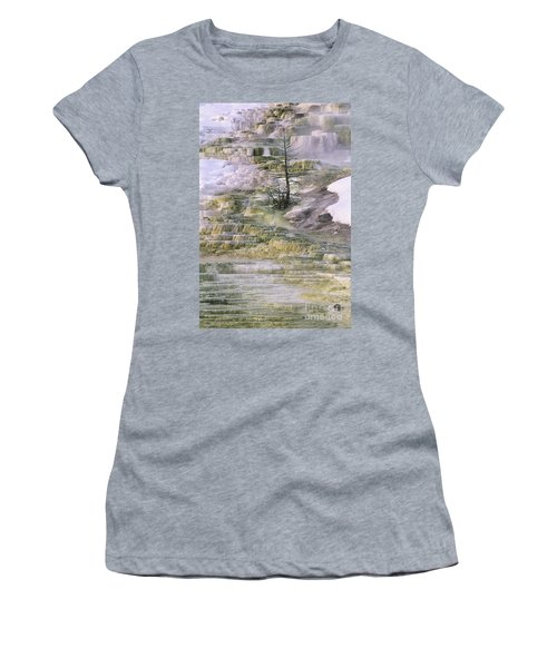 Minerva Springs Terraces Yellowstone National Park Women's T-Shirt