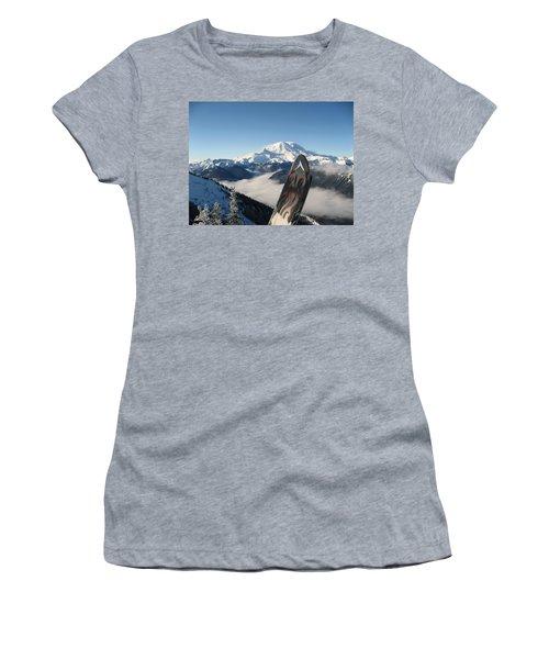 Mount Rainier Has Skis Women's T-Shirt (Athletic Fit)