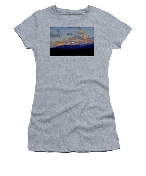 Mt Elbert Sunrise Women's T-Shirt (Junior Cut) by Jeremy Rhoades