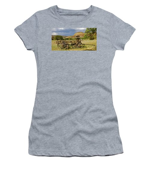 New Photographic Art Print For Sale Ghost Ranch New Mexico 13 Women's T-Shirt