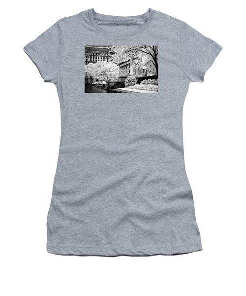 New York Public Library Ir Women's T-Shirt