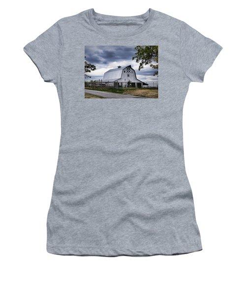 Nine Patch Quilt Barn Women's T-Shirt