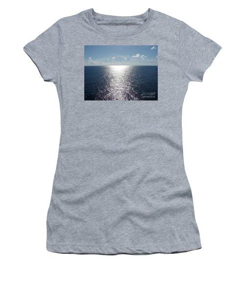 Ocean Horizon Women's T-Shirt (Athletic Fit)