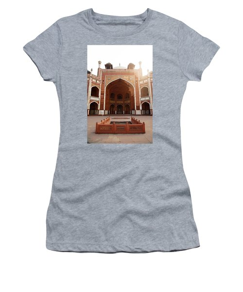Oil Painting - Cross Section Of Humayun Tomb Women's T-Shirt (Junior Cut)