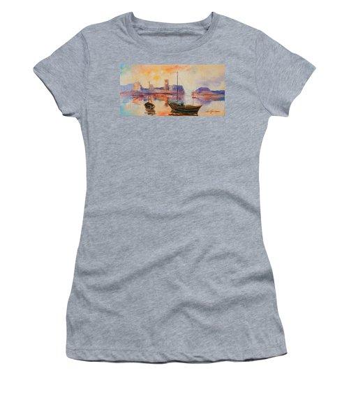 Old Dunbar Harbour Women's T-Shirt (Athletic Fit)