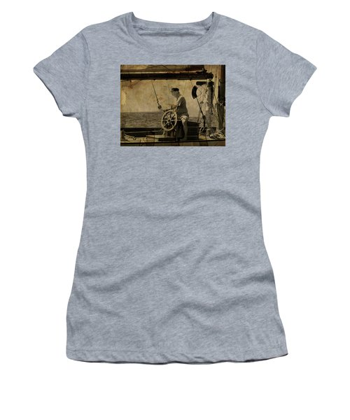old sailor A vintage processed photo of a sailor sitted behind the rudder in Mediterranean sailing Women's T-Shirt (Junior Cut) by Pedro Cardona