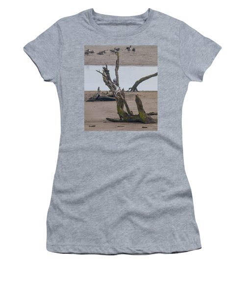 Ospray With Fish Women's T-Shirt (Athletic Fit)