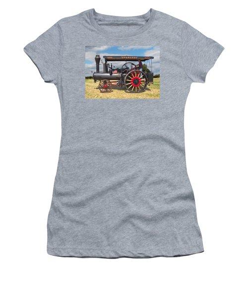Peerless Steam Traction Engine Women's T-Shirt
