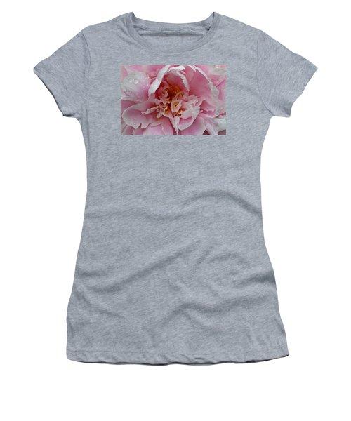 Peony Love Women's T-Shirt