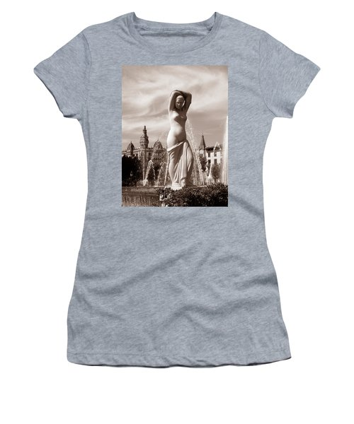 Plaza Cataluna Women's T-Shirt